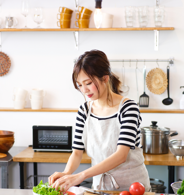 asian-housewife-cooking-kitchen